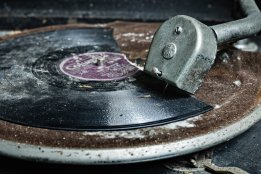 broken_record_by_brokenchar-d39gjga